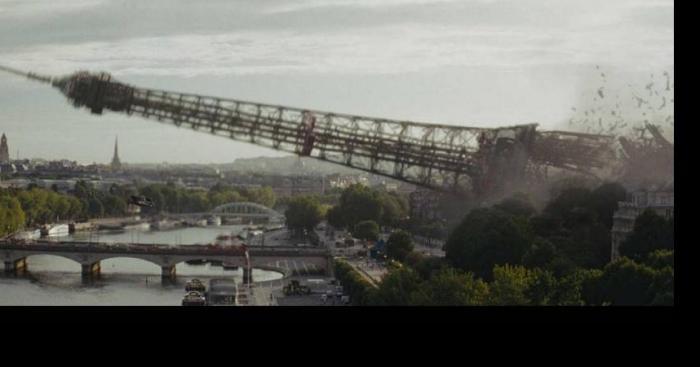 La Tour Eiffel tombe