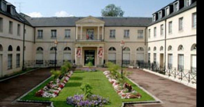 Intrusion et vols dans la Mairie de Chelles (77)